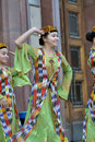 Uzbek dancers in national clothes Royalty Free Stock Photography