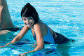 öva flickalatinvatten Fotografering för Bildbyråer