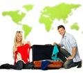 Valigia dell imballaggio delle coppie per un viaggio Immagine Stock Libera da Diritti