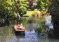 Valle de Mona - llevando en batea en Avon, Christchurch Imagen de archivo
