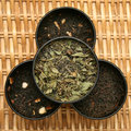 Various blends of tea leaves Stock Images