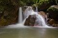 Vattenfall i den djupa skogen nationalpark thailand Royaltyfria Bilder