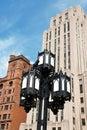 Vecchi lampada e grattacieli di via a Montreal Fotografie Stock