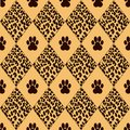 Vector leopard background with traces seamless pattern Royalty Free Stock Photos