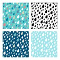 Vector seamless patterns of droplets.