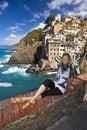 Villaggio del pescatore di Riomaggiore in Cinque Terre Fotografie Stock Libere da Diritti
