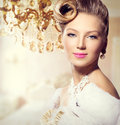 Vintage styled girl with perfect make up and hairstyle Royalty Free Stock Photos