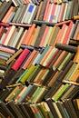 Pared de viejo libros
