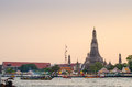 Wat Arun at dusk, Bangkok, thailand Stock Images