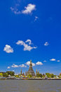 Wat Arun et cloudscape Photo stock