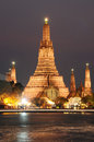 Wat arun temple in bangkok thailand the after sunset Stock Photos