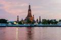 Wat arun temple of dawn на захо е со нца Стоковая Фотография