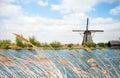 Voda větrný mlýn v nizozemí