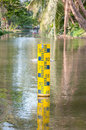Water level indicator at the waterway Royalty Free Stock Photos