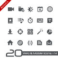 Web et fondements mobiles d icons Images libres de droits