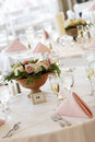 Wedding tables set for fine dining Royalty Free Stock Photos