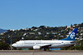 Wellington feb air new zealand boeing plane lands wellington international airport feb was airline to circumnavigate world till Stock Photography