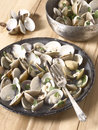White clams in white wine sauce Royalty Free Stock Photos