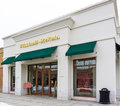 Williams sonoma retail store exterior maple grove mn usa january inc is an american consumer company that sells Stock Photography