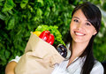 Woman shopping for groceries Royalty Free Stock Photography
