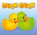 Yellow and green ducks Royalty Free Stock Photos