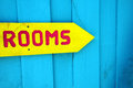 Yellow sign to rooms Royalty Free Stock Photos