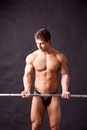 Young bodybuilder traininig Royalty Free Stock Images