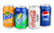 Stock Image : Ομάδα διάφορων ποτών σόδας στα δοχεία αργιλίου που απομονώνεται στο λευκό