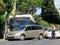 Stock Image :  Το λεωφορείο πόλεων της Χονολουλού έχει το ατύχημα με το μίνι φορτηγό