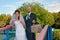 Stock Image :  在桥梁的新娘和新郎