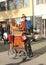 Stock Image :  德国, DÃ ¼ sseldorf :有古色古香的手摇风琴的手风琴演奏者