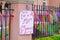 Stock Image :  Ate un rezo para el signo de la paz con las cintas coloridas