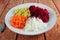 Stock Image : Ensalada de las remolachas, del nabo, de la zanahoria y de la manzana