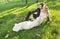 Stock Image :  Foto del arte de los pares relajados de la boda