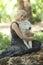 Stock Image :  Het mooie Vrouw Stellen met een Wolf
