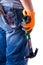 Stock Image :  Mężczyzna plecy z narzędziami w ręka młocie