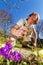 Stock Image : Odchwaszczać wiosna ogród