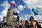 Stock Image : Pałac nauka, kultura w Warszawa i dziewczyny z baloons