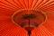 Stock Image :  Paraguas rojo tradicional japonés