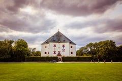 """ d'""""Star†de parc et de château sur la montagne blanche à Prague, République Tchèque Photos stock"""
