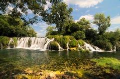 ¡ För KoÄ ‡ uÅ en vattenfall som lokaliseras i den Veljaci byn i kommunen för LjubuÅ ¡ ki royaltyfri fotografi