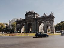 ¡ Puerta de AlcalÃ, в Мадриде стоковые фото