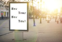 ¡Año Nuevo nuevo usted! texto en una bandera de la publicidad Imagen de archivo libre de regalías