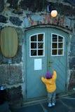 ¡Abra la puerta, por favor! Fotos de archivo libres de regalías