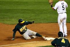 ¡Béisbol - caja fuerte en tercera! Foto de archivo