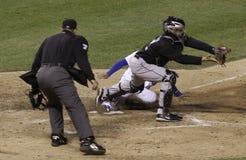 ¡Béisbol - caja fuerte - hacia fuera! ¡- Caja fuerte!! Fotografía de archivo