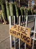 ¡Coja después de su perro, contenga su perro, gracias! NYC, NY, LOS E.E.U.U. Imagen de archivo