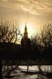 ¡Disfrute! ¡Pascua de Cristo! Monasterio de Diveevsky de la catedral de Kazán, Rusia en la puesta del sol Foto de archivo