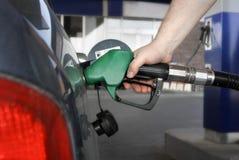 ¡El aprovisionar de combustible para arriba! Fotos de archivo