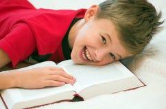 ¡El estudiar puede ser diversión! Foto de archivo
